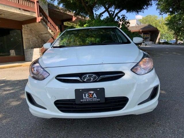 2013 Hyundai Accent GS 4-Door Hatchback FWD