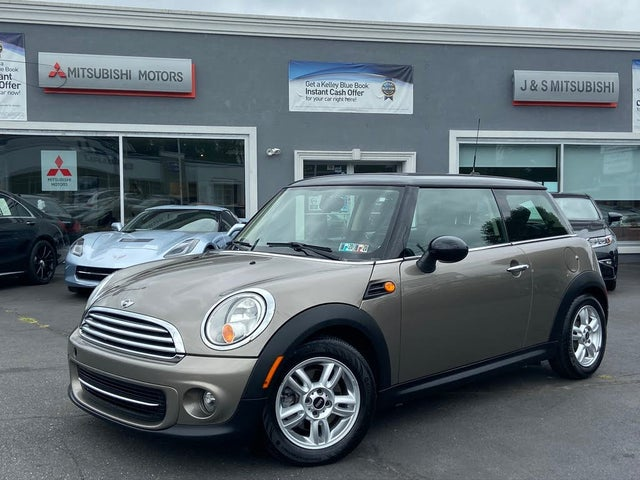 2012 MINI Cooper John Cooper Works Hatchback