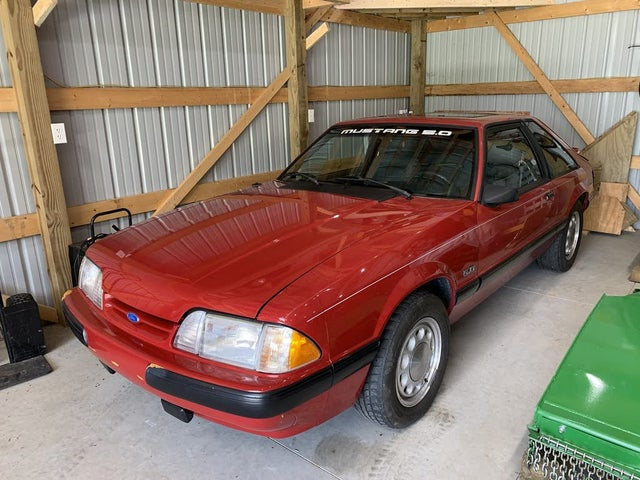 1989 Ford Mustang LX 5.0L Hatchback RWD
