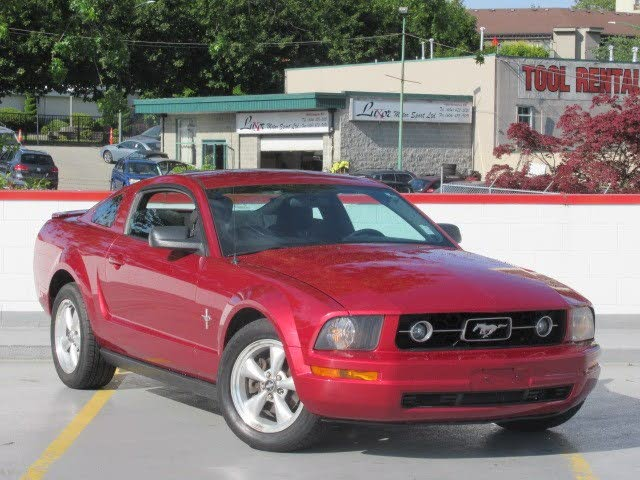 2007 Ford Mustang V6 Coupe RWD
