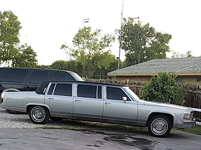 1985 Cadillac Fleetwood Brougham Coupe RWD