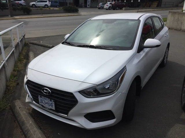 2020 Hyundai Accent Essential Hatchback FWD with Comfort Package