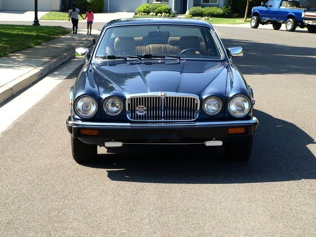 1987 Jaguar XJ-Series XJ6 Sedan RWD