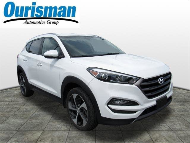 2016 Hyundai Tucson 1.6T Sport FWD with Beige Seats