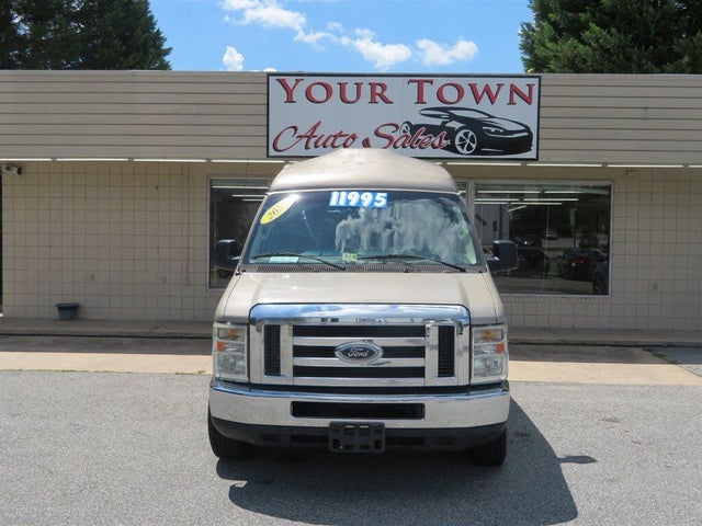 2009 Ford E-Series Chassis E-350 SD Stripped RWD