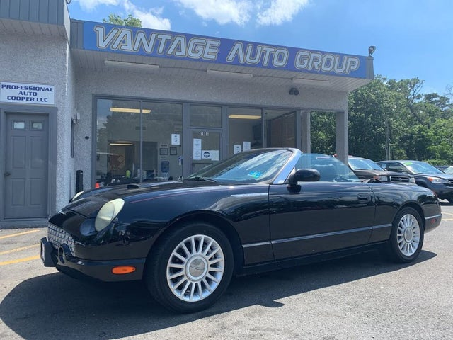 2005 Ford Thunderbird Deluxe RWD