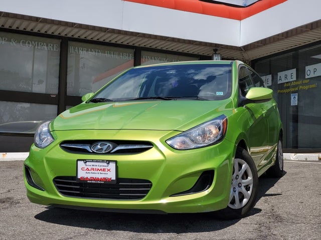 2012 Hyundai Accent GL 4-Door Hatchback FWD
