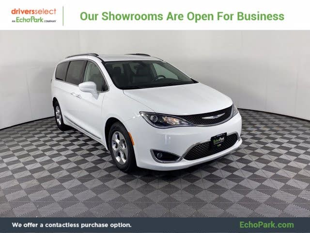 2017 Chrysler Pacifica Touring L Plus FWD