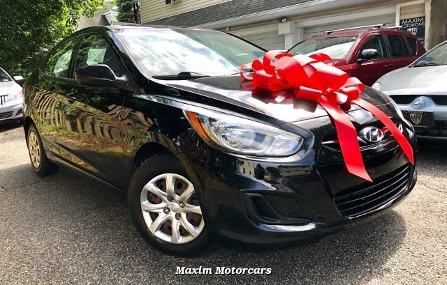2013 Hyundai Accent GLS Sedan FWD