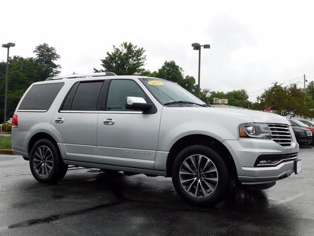2017 Lincoln Navigator Select 4WD