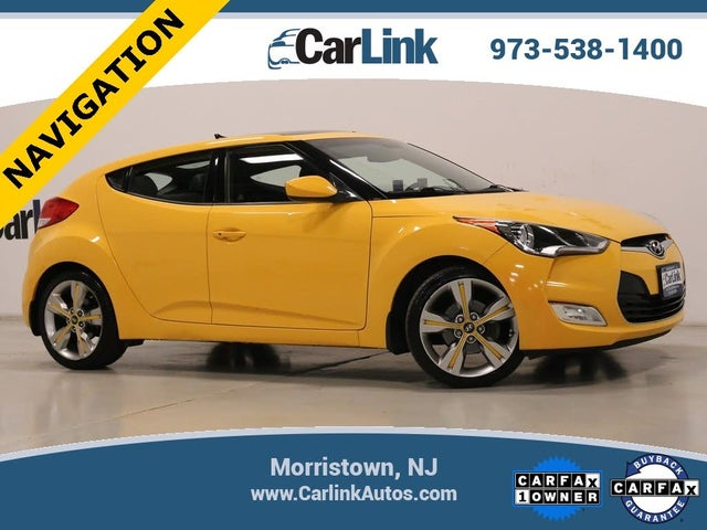 2016 Hyundai Veloster FWD with Yellow Accent Interior