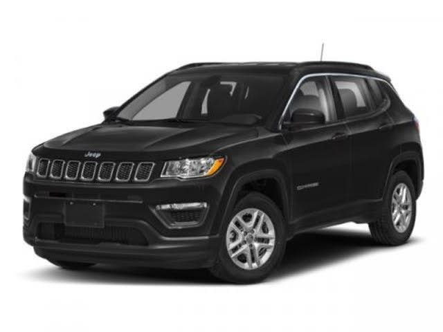 2020 Jeep Compass Latitude with Sun and Wheel Package FWD