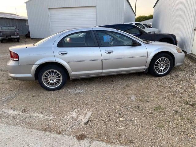 2004 Chrysler Sebring LX Sedan FWD