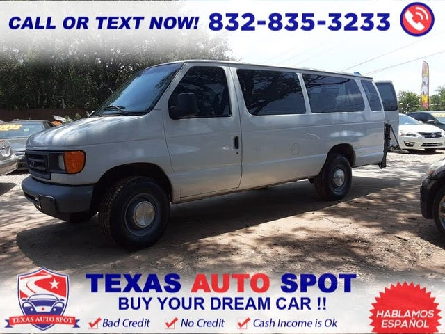 2006 Ford E-Series E-350 Super Duty XLT Passenger Van