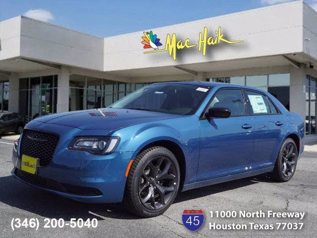 2020 Chrysler 300 Touring RWD