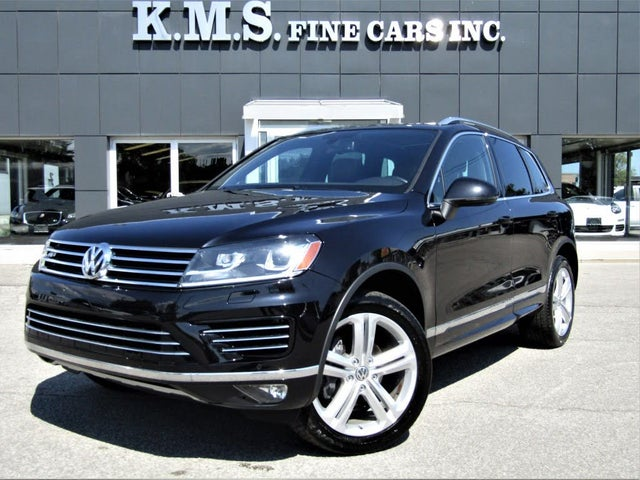 2016 Volkswagen Touareg AWD Highline with R-Line Package