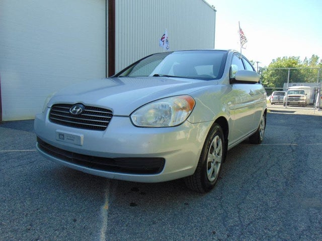 2010 Hyundai Accent L Sedan FWD