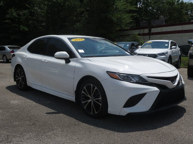 2019 Toyota Camry L FWD