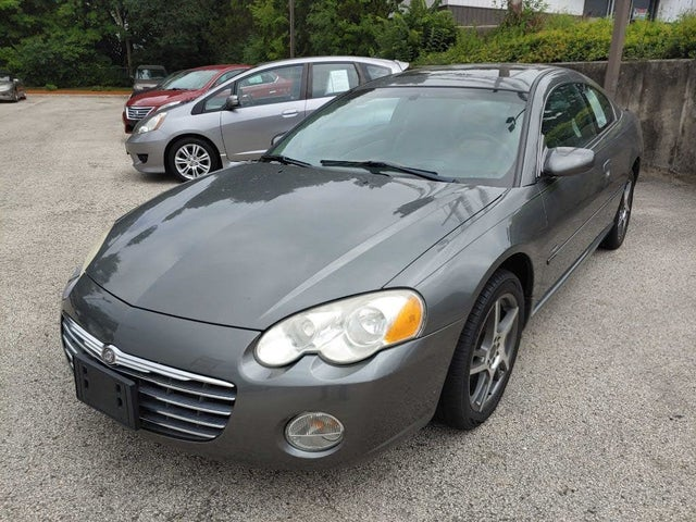 2004 Chrysler Sebring Limited Coupe FWD