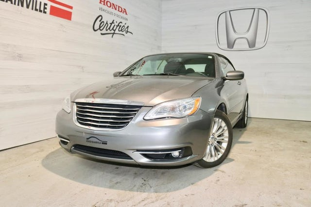 2012 Chrysler 200 Touring Convertible FWD