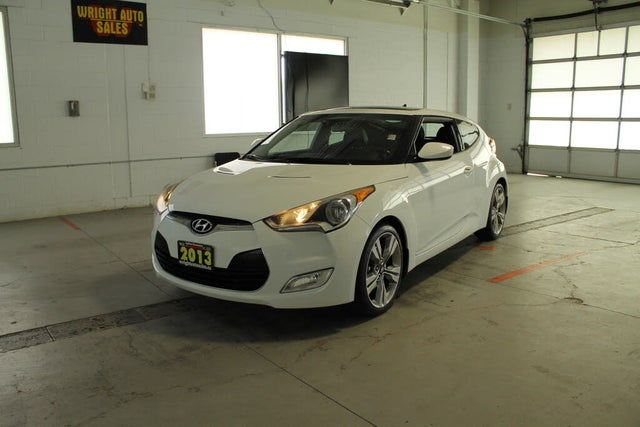 2013 Hyundai Veloster FWD with Technology Package