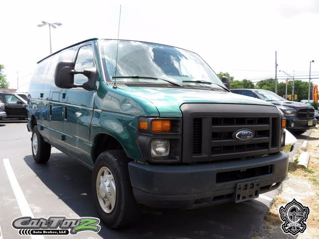 2009 Ford E-Series E-350 Super Duty Cargo Van