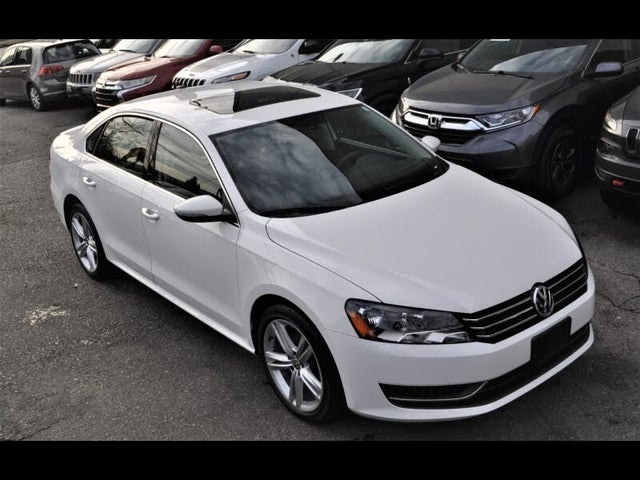 2012 Volkswagen Passat S with Appearance