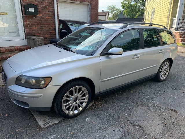 2005 Volvo V50 T5 Turbo