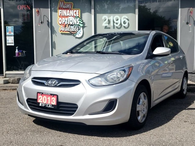 2013 Hyundai Accent L 4-Door Hatchback FWD