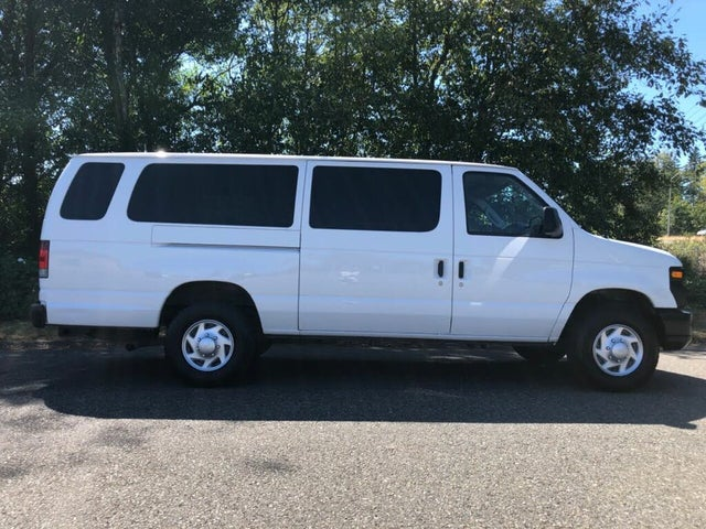2012 Ford E-Series E-350 XL Super Duty Extended Passenger Van