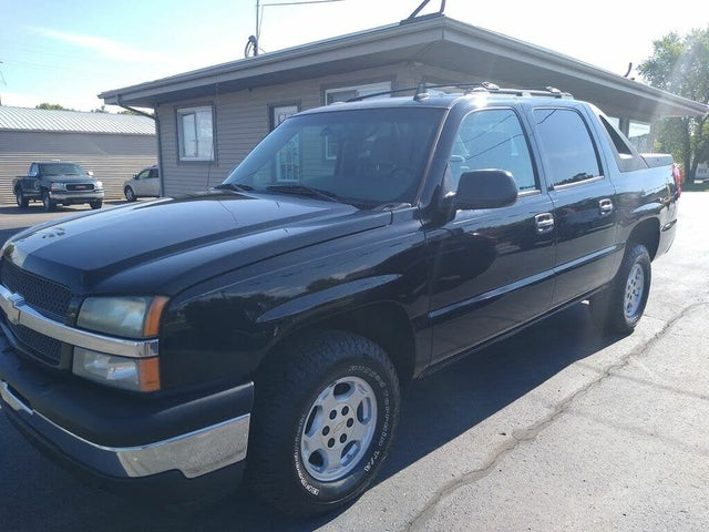2006 Chevrolet Avalanche 1500 LS RWD