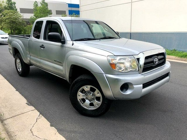 2005 Toyota Tacoma 4 Dr STD 4WD Extended Cab SB
