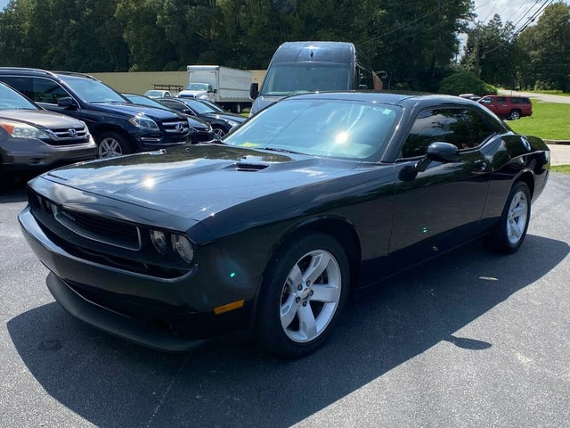 2013 Dodge Challenger SXT Plus RWD