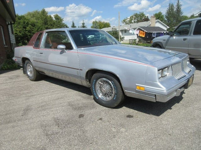 1984 Oldsmobile Cutlass Supreme Brougham Coupe RWD