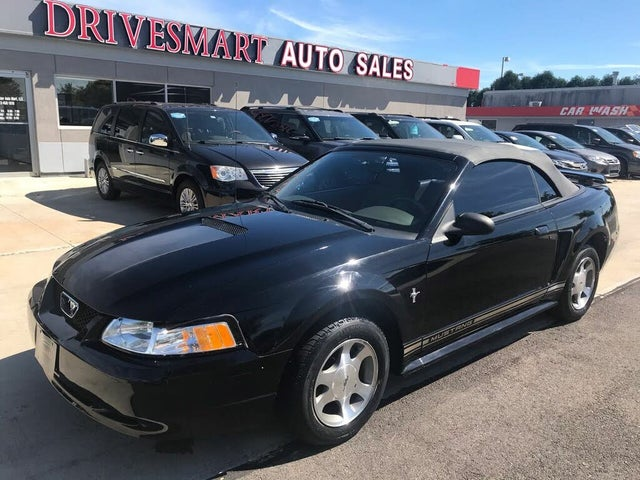 2000 Ford Mustang Convertible RWD