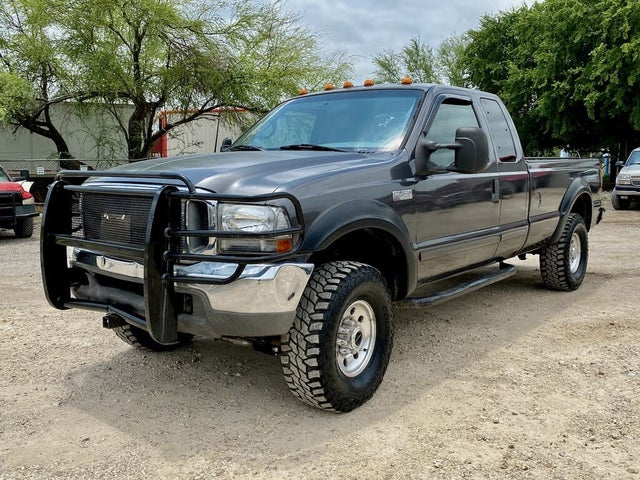 2002 Ford F-350 Super Duty Lariat Extended Cab LB 4WD
