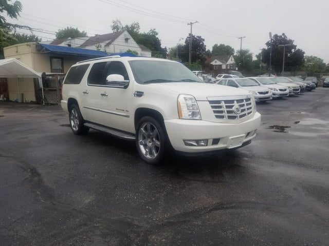2010 Cadillac Escalade ESV Luxury 4WD