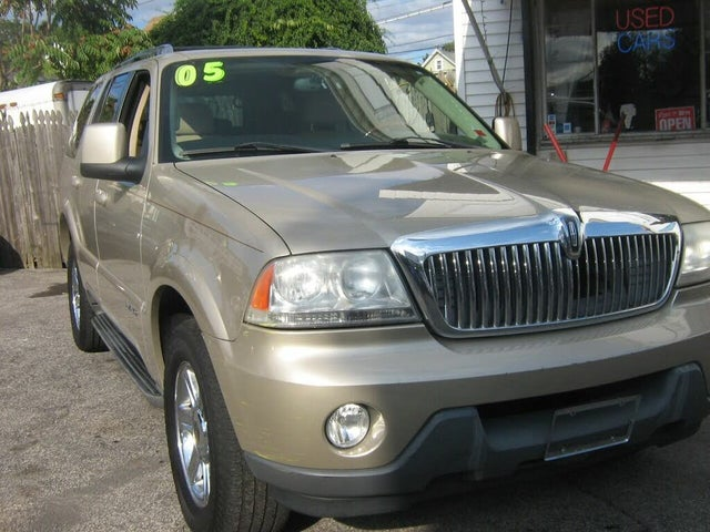 2005 Lincoln Aviator Luxury AWD