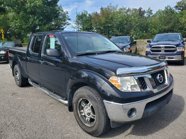 2011 Nissan Frontier SV Crew Cab 4WD LWB