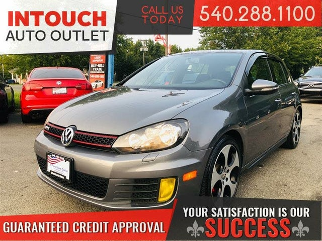 2011 Volkswagen GTI 2.0T 4-Door FWD with Sunroof