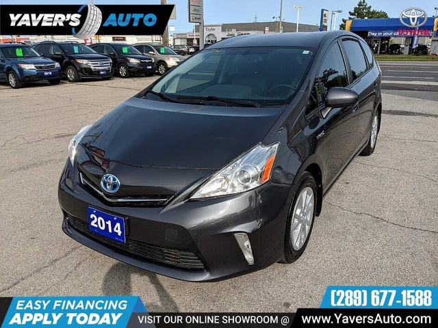 2014 Toyota Prius v Two FWD