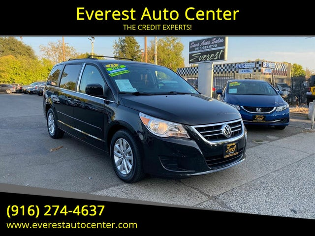 2013 Volkswagen Routan SE with RSE and Nav