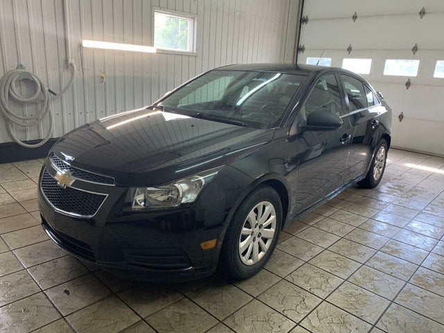 2011 Chevrolet Cruze 2LS Sedan FWD