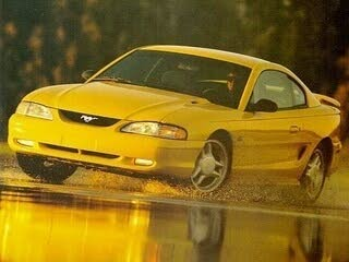 1995 Ford Mustang Coupe RWD