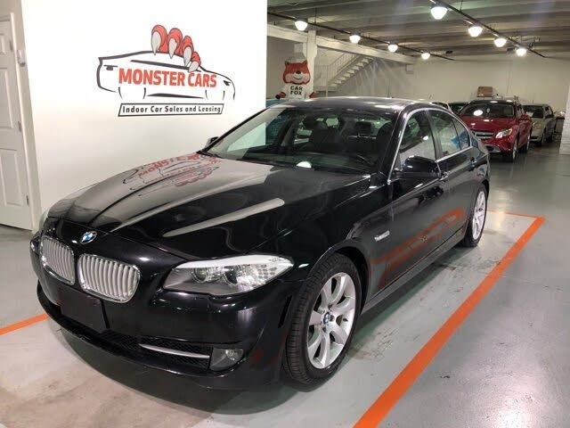 2013 BMW 5 Series 550i xDrive Sedan AWD