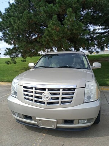2010 Cadillac Escalade Luxury RWD