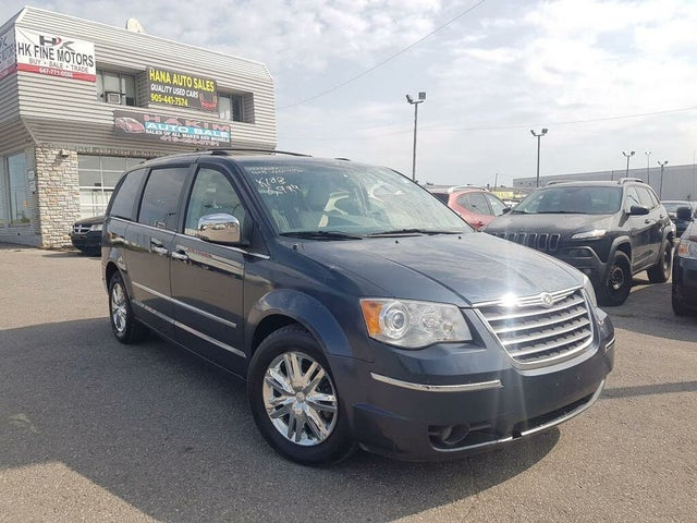 2008 Chrysler Town & Country Limited FWD