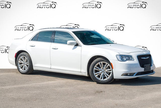 2016 Chrysler 300 Touring RWD