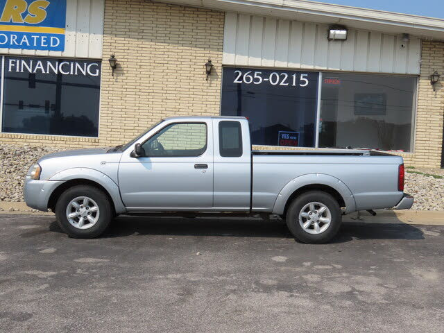 2001 Nissan Frontier 2 Dr XE Extended Cab SB
