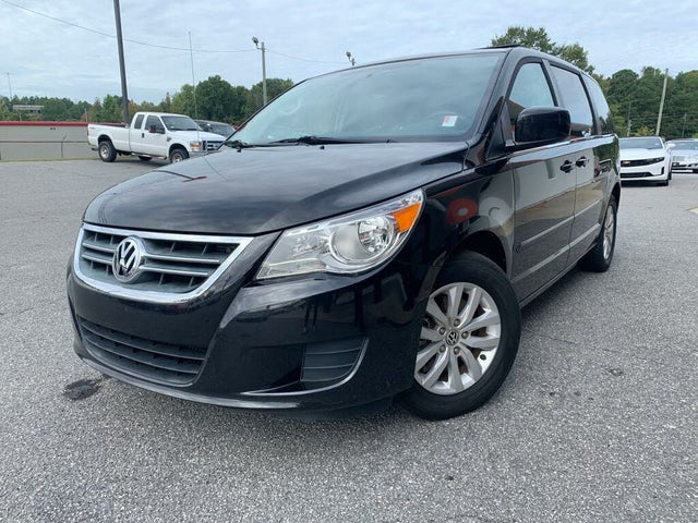 2014 Volkswagen Routan SE with RSE and Nav